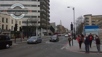 Holloway-Street-Crossing