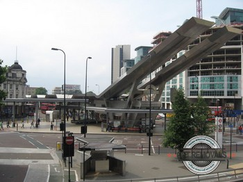 Vauxhall-Bus-Station