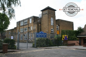 Professional relocation services in Cubitt Town, E14