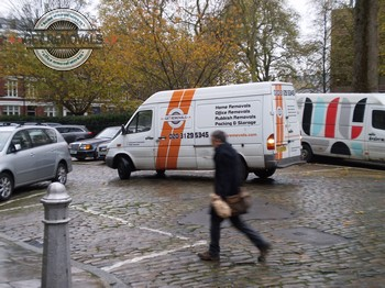 Hire pro movers in Barbican